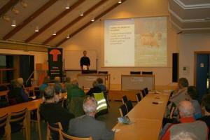 Mads Astrup holder oplæg om Esbjerg Kommunes naturpleje